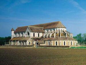 Pontigny-i ciszterci templom