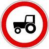 Mezőgazdasági vontatóval behajtani tilos