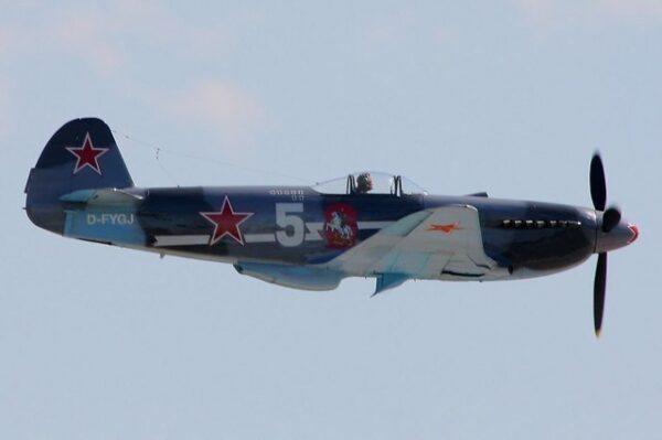 JAKOVLEV JAK-9