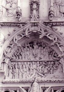 a kassai Szent Erzsébet templom északi kapuzatán az Utolsó ítélet